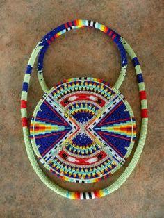Cc beadwork on fb Indian Beadwork, Native Beadwork, Native American Beadwork, Beaded Moccasins, Beadwork Designs, Native American Crafts, Native Design, Nativity Crafts, Seed Bead Necklace
