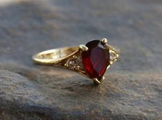 30 top ring elegant red diamond (5)