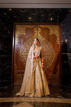 A Traditional Indian Wedding with a beautiful Sabyasachi Bride. Check out photos, ideas & stories shared by Bride & Groom. Sabyasachi Lehenga Bridal, Indian Bridal Lehenga, Indian Wedding Gowns, Big Fat Indian Wedding, Bridal Poses, Bridal Portraits, Golden Lehenga, Sabyasachi Collection, Traditional Indian Wedding