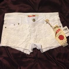 Charlotte Russe white denim shorts size 3 New Charlotte Russe Jeans