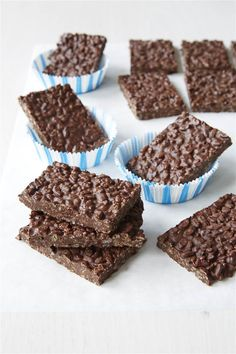 This healthy twist on the classic chocolate bar is so easy to make—and they only clock in at 148 calories each.