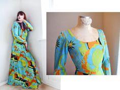 Atemberaubende hell farbig 60 s Maxi Kleid. Hergestellt aus Comdortable weiches Gewebe. Voll Linend.  Eine wahre Collecors-Stück für Vintage