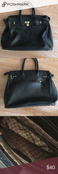 🚨New Item Alert! 🚨 Birkin LookAlike Bag Beautiful black Birkin lookalike! Gold hardware, very clean inside and out! Perfect for work or just a night on the town! Get it before it's gone!! ❤️ Bags