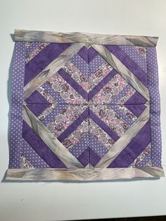 Quilts, Blanket, Bed, Blankets, Stream Bed, Quilt Sets, Kilts, Log Cabin Quilts, Patchwork Quilting