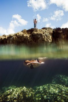 OH MY WORD THIS PHOTO. Unbelievably gorgeous. Underwater photography maternity family mermaid. http://www.redheartphoto.com/blog/2012/10/11/medoff-family-sharks-cove-oahu/blogkayla_005/#