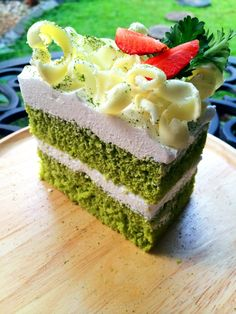 Green Tea Macha Chiffon cake (ชิฟฟ่อนชาเขียว) By Lanna's Patisserie ขนมอบเชียงใหม่ โฮมเมดเชียงใหม่ เค้กเชียงใหม่ @ Chiang mai https://www.facebook.com/lanna.patisserie #เค้กเชียงใหม่ #เค้กวันเกิดเชียงใหม่ #ชิฟฟ่อนชาเขียวเชียงใหม่