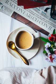 Cappuccino superfood + un paio di belle notizie // Maca + reishi superfood cappuccino