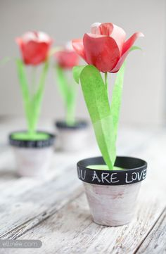 ~ Love love love these beautiful Tulips ~ Printable & Tutorial - Paper Tulip by Lia Griffith - Ellinee