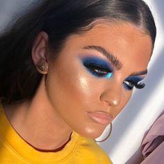 10 Pretty Eyeshadow Looks for Day and Evening Dope Makeup, Sexy Makeup, Makeup On Fleek, Kiss Makeup, Eyebrow Makeup, Glam Makeup, Beauty Makeup, Makeup Looks, Hair Makeup