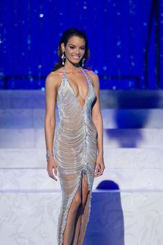Zuleyka Rivera Mendoza (Puerto Rico), Miss Universo 2006 Zuleyka Rivera Miss Universe, Miss Puerto Rico, Pageant Dresses, Formal Dresses, Red Carpet Dresses, Frocks, Beauty Women, Style Icons, Bodycon Dress