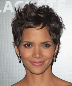 View yourself with Halle Berry hairstyles and hair colors. View styling steps and see which Halle Berry hairstyles suit you best. Halle Berry Hairstyles, Casual Hairstyles, Funky Hairstyles, Celebrity Hairstyles, Straight Hairstyles, Blonde Hairstyles, Layered Hairstyles, Pixie Haircuts, Medium Hairstyles