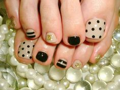 girly and vintage...wanna do something like this