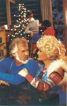 Dolly Parton and Kenny Rogers Merry Christmas