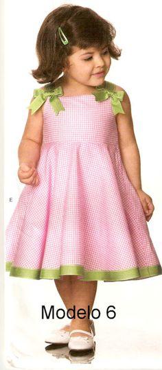 Handmade by Juliana Melo: Ref: 127 - Molde children's dresses Baby Girl Patterns, Sewing Patterns Girls, Kids Patterns, Toddler Girl Dresses, Girls Dresses, Flower Girl Dresses, Child Models, Lovely Dresses, Kids Wear
