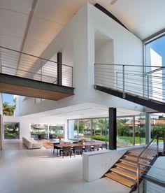 Villa in Ramat Gan by Dror Barda   HomeAdore