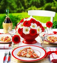 25 Canada Day Food Decoration Ideas, Themed Edible Decorations for Party Table – Lushome Farewell Party Decorations, Farewell Parties, Party Table Decorations, Food Decoration, Table Centerpieces, Flower Centerpieces, Canada Day Party, Happy Canada Day, Summer Picnic