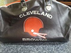 Vintage NFL Cleveland Browns Sports Vinyl Duffle Gym Bag Collectible