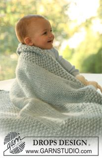 "Knitted DROPS blanket in ""Eskimo"". ~ DROPS Design"