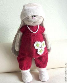 Купить Доктор - заяц вязаный, заяц игрушка, зайчик, игрушка ручной работы, игрушка вязаная Crochet Bunny, Crochet Animals, Crochet Dolls, Knit Crochet, Funny Bunnies, Amigurumi Toys, Cute Dolls, Creative Crafts, Crochet Projects