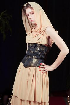 Etsy の Desert Assassin Dress & Corset by ScandalousFoxPaws