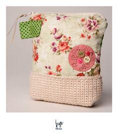https://flic.kr/p/9RWzkK | Com um toque de mamys! | Beauty com crochê feito pela…
