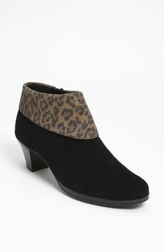 Love these booties that I got at the sale. Comfort + style= awesome!