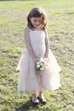 precious flower girl // photo by ChristaElyce.com