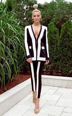 Alina Eremia Teen Girl Shoes, Work Fashion, Blazer, Black And White, Celebrities, Womens Fashion, Net, How To Wear, Jackets
