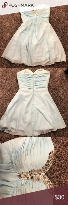 ADORABLE HOMECOMING DRESS FOR SALE!!!!! STRAPLESS SUPER CUTE LIGHT BLUE STRAPLESS HOMECOMING DRESS!!!!! Dresses