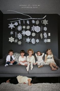 10 Times Paper Snowflake Decorations Actually Looked Pretty Fancy | Apartment Therapy
