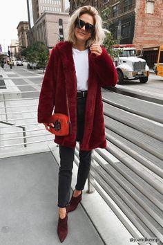 Manteau à capuche en fausse fourrure - Vestes et manteaux - 2000148469 - Forever 21 EU Français