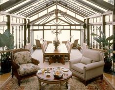 Solarium dining room & living room by by Martha O'Hara Interiors: oharainteriors.com