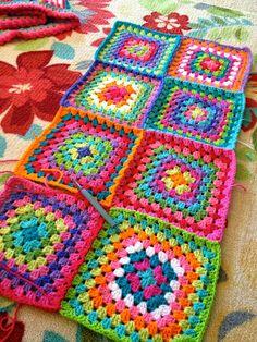 Transcendent Crochet a Solid Granny Square Ideas. Inconceivable Crochet a Solid Granny Square Ideas. Motifs Granny Square, Crochet Motifs, Crochet Quilt, Granny Square Crochet Pattern, Crochet Squares, Crochet Blanket Patterns, Love Crochet, Crochet Gifts, Crochet Yarn