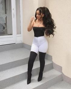 18 beautiful outfits for the new year 2019 - fashion and outfit trends - Beauty Women Bad Girl Outfits, Teenage Outfits, Teen Fashion Outfits, Swag Outfits, Hot Outfits, Dressy Outfits, Baddie Outfits Party, Fashion Shoes, Fashion Dresses