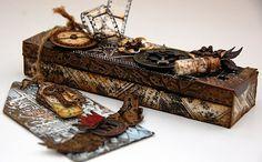 Scrapperlicious: Memento Altered Box