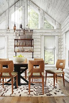 Jurnal de design interior - Amenajări interioare : Amenajare în lemn alb