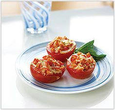 South Beach - Stuffed Baked Tomatoes - would totally fit Sonoma Diet as well Low Carb Recipes, Diet Recipes, Healthy Recipes, Healthy Dishes, Veggie Recipes, Beach Meals, Fabulous Foods, Healthy Eating, Clean Eating