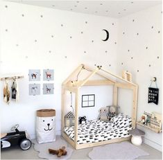 55 Best Montessori Bedroom Design For Happy Kids 008