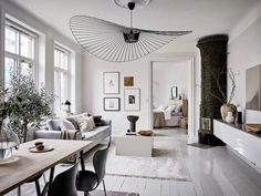 〚 Two stoves and unusual lighting: bright and stylish apartment in Goteborg 〛 ◾ Photos ◾Ideas◾ Design Spacious Living Room, Living Room Grey, Home Living Room, Living Room Decor, Living Spaces, Bedroom Vintage, Scandinavian Living, Scandinavian Apartment, Scandinavian Interiors