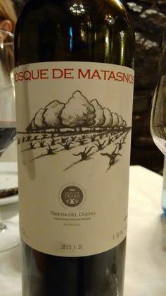 Bosque de Matasnos crianza 2012 - DO Ribera de Duero - Bodega Bosque de Matasnos - Vino tinto con crianza, envejecido 12 meses en barricas nuevas 90% de roble francés y 10% de roble americano - 95% Tempranillo y 5% Merlot - 15% - 90 PARKER/ 94 PEÑIN (2011)