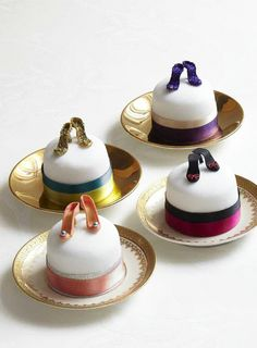 DIY Individual High Heel Shoe Cakes - great for parties!