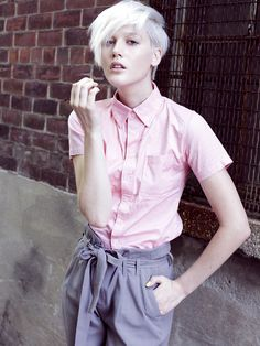 homosensuous:    fuckyeahgirlswithshorthair:    photo: Mishelsky / model: Eve Smith  (viashampooplanets)