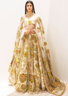 Indian Dresses, Indian Outfits, Ali Xeeshan, Latest Bridal Dresses, Stylish Gown, Cute Spring Outfits, Asian Bridal, Pakistani Dress Design, Party Wear Dresses