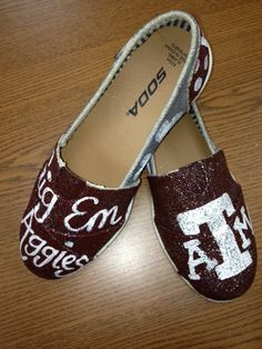 Gig Em Aggies.. Texas A TOMS on Etsy, $80.00
