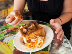 Bunny Chow Chow Chow, South Africa, Bunny, My Favorite Things, Cool Stuff, Ethnic Recipes, Food, Cute Bunny, Essen