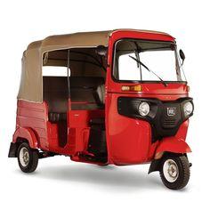 Vehículo de tres ruedas diseñado y fabricado para el transporte de pasajeros, cumpliendo con las normas de circulación vial internacionales y supera ampliamente las nacionales