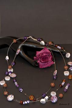 Aufwendige Kette mit Glasperlen und Perlen aus Fimo.     Bestehend aus folgender Farb- und Materialkombination:   - handgefertigte Perlen aus Fimo, ei