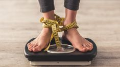 There is a need to remind everyone that large-scale weight loss or gain at a rapid pace carries huge health risks. Poor weight management is unhealthy. Losing Weight Tips, Weight Gain, How To Lose Weight Fast, Reduce Weight, Lose 10 Pounds In A Week, Losing 10 Pounds, Carb Cycling, Fad Diets, Flat Stomach
