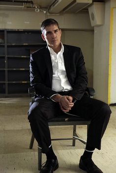 """Season 4 """"Asylum"""" - Person of Interest Episode 21  It's a war between crime bosses - Elias and Dominic."""