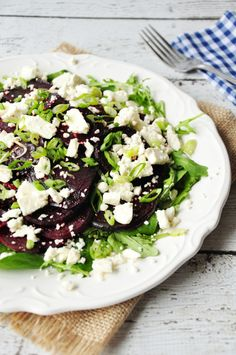 An elegant composed beet salad with crumbled feta cheese, green onion, and arugula & spinach mix. Healthy Chicken Enchiladas, Chicken Enchilada Casserole, Healthy Salads, Healthy Eating, Healthy Food, Vegetarian Recipes, Healthy Recipes, Fast Recipes, Feel Good Food